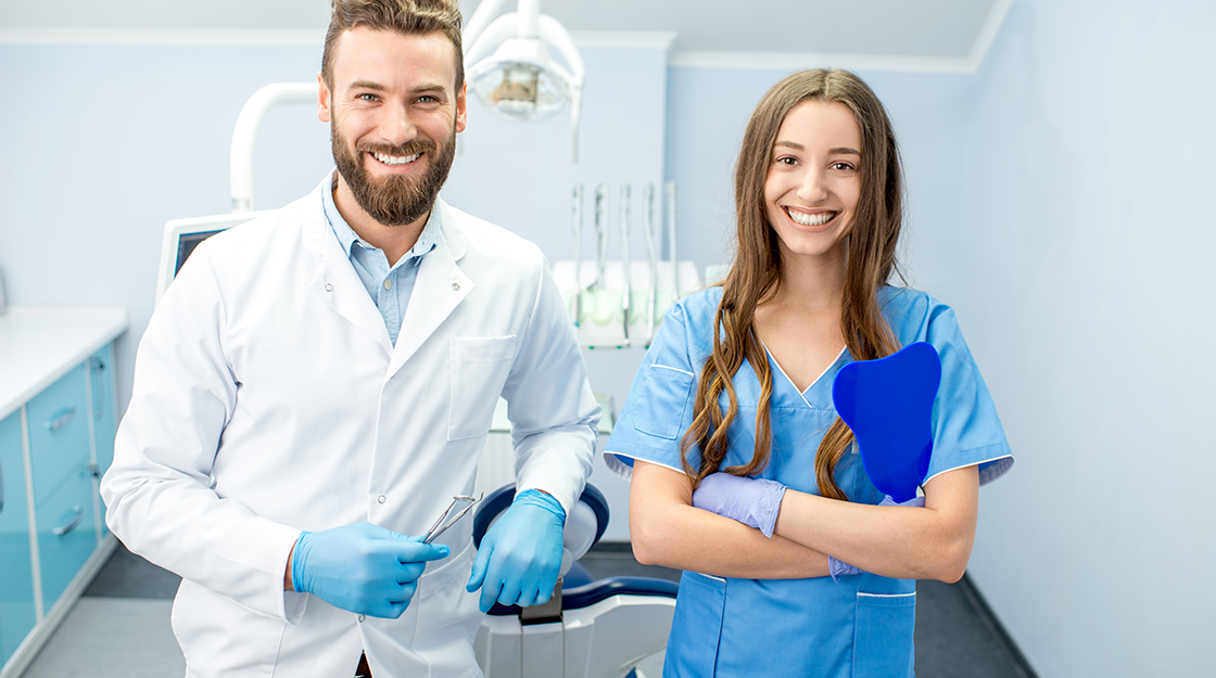 5 Reasons You Should Be a Dental Assistant